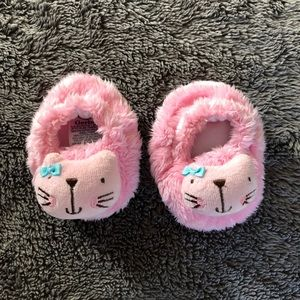 NWOT baby slippers